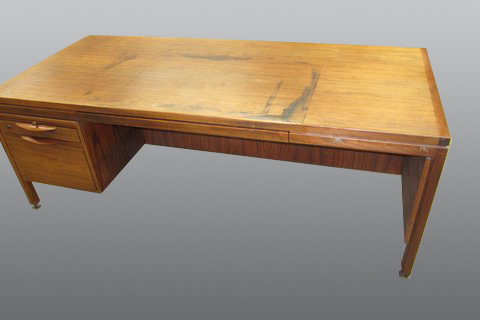 Desk-refinish-commercial_1